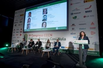 11-Patrizia-Laplana-WELL-Mesa-Redonda-3-Confort-Salud-Calidad-4-Congreso-Edificios-Energia-Casi-Nula