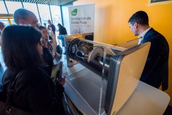 Stands-Networking-Cafe-20-5-Congreso-Edificios-Energia-Casi-Nula-2018