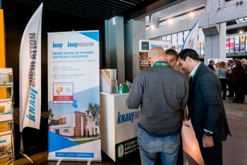 Stands-Networking-Cafe-8-5-Congreso-Edificios-Energia-Casi-Nula-2018