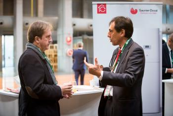 Stands-Networking-Cafe-9-5-Congreso-Edificios-Energia-Casi-Nula-2018