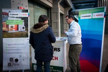 Stands-Networking-Comida-17-5-Congreso-Edificios-Energia-Casi-Nula-2018