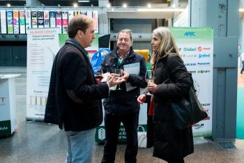 Stands-Networking-Comida-8-5-Congreso-Edificios-Energia-Casi-Nula-2018