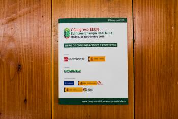 Libro-Comunicaciones-Exterior-2-5-Congreso-Edificios-Energia-Casi-Nula-2018