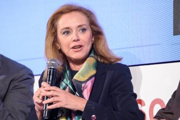 Angela-De-La-Cruz-Ministerio-Fomento-Mesa-Redonda-1-6-Congreso-Edificios-Energia-Casi-Nula-2019