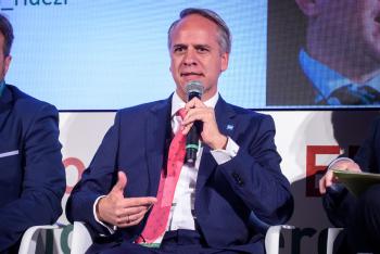 Carlos-Hernandez-Bmi-Mesa-Redonda-1-6-Congreso-Edificios-Energia-Casi-Nula-2019