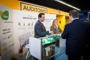 Stands-Comida-Networking-3-6-Congreso-Edificios-Energia-Casi-Nula-2019