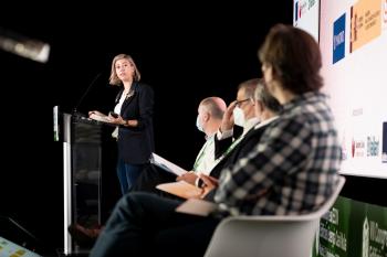060-10-Angela-Baldellou-CSCAE-Moderadora-7-Congreso-Edificios-Energia-Casi-Nula-2020