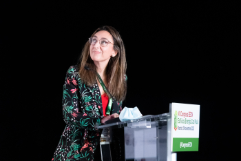 100-13-Mesa-Redonda-Moderadora-Monica-Calvo-7-Congreso-Edificios-Energia-Casi-Nula-2020